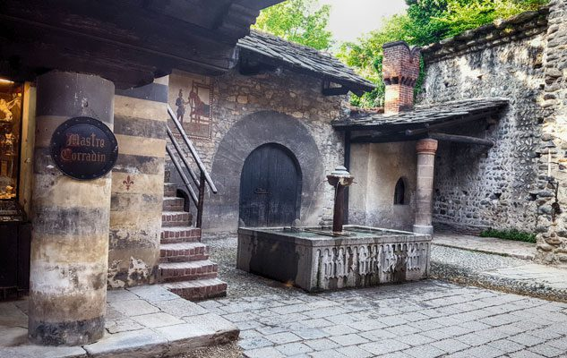 Il borgo medievale di torino un viaggio nel tempo tra for Piani di casa castello medievale