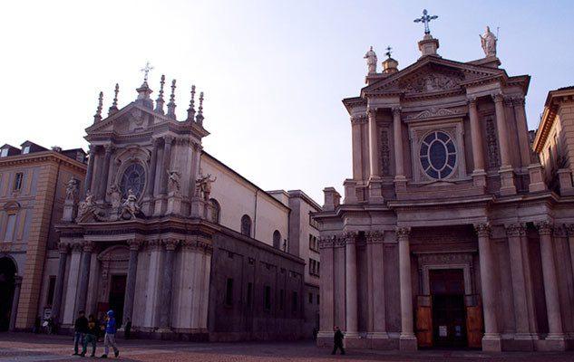 """La chiesa San Carlo e la chiesa Santa Cristina: le """"gemelle"""" di Torino"""