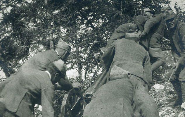Al fronte. Cineoperatori e fotografi raccontano la Grande Guerra