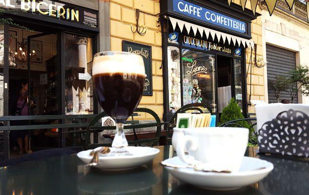 """Caffè Confetteria Al Bicerin, lo storico caffè di Torino dov'è nato il """"bicerin"""""""
