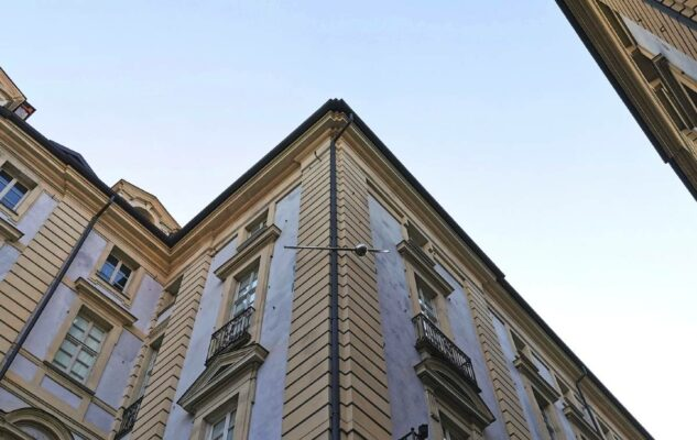 Palazzo Piercing Torino Baci Rubati