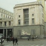 Piazza CLN a Torino e le statue del Po e della Dora Riparia