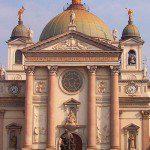 La Basilica di Santa Maria Ausiliatrice e le spoglie di Don Bosco a Torino