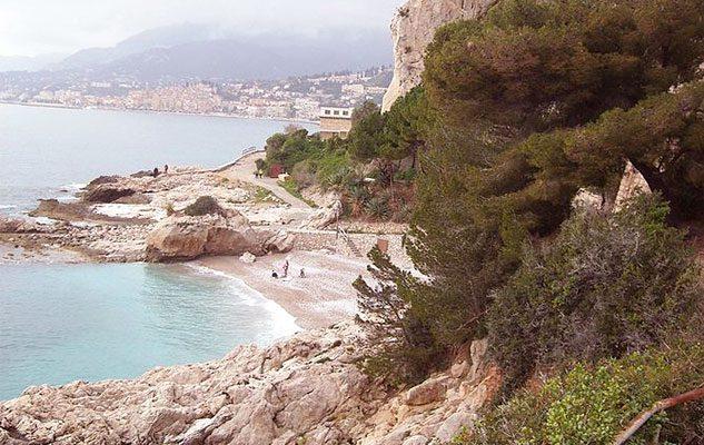 spiaggia-balzi-rossi