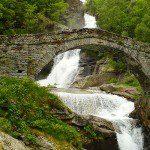 La Cascata di Fondo in Valchiusella: bagni e passeggiate nel verde di montagna