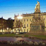 Piazza Carlina a Torino, ovvero la piazza che non esiste