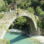 L'affascinante Ponte del Diavolo a Lanzo, costruito dal maligno secondo la leggenda