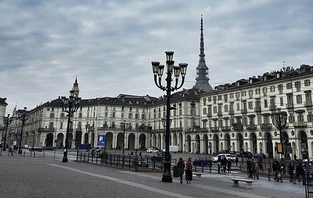 Visitare Torino in bus: tariffe, tour ed iniziative speciali