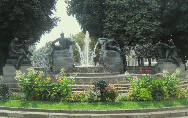 fontana-angelica-piazza-solferino-torino