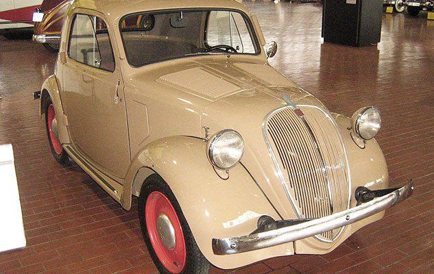 80° compleanno della Fiat Topolino: mostre, eventi in piazza e girotondi a quattro ruote