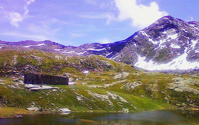 L'Altopiano dei 13 laghi: un paradiso per gli amanti del trekking a pochi chilometri da Torino