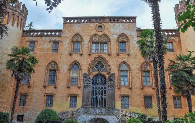 Il Castello e il Parco del Roccolo: due gioielli incastonati sulle colline di Busca