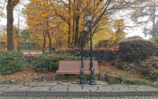 Giardino Roccioso Torino panchina innamorati