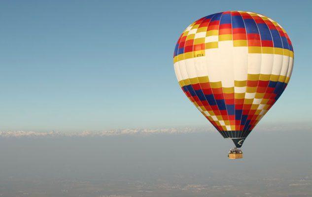 Tour in mongolfiera su Torino e le Langhe: un incantevole viaggio nei cieli del Piemonte