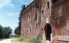"""Il Castello della Rotta a Moncalieri: fantasmi e leggende del luogo più """"infestato"""" d'Italia"""