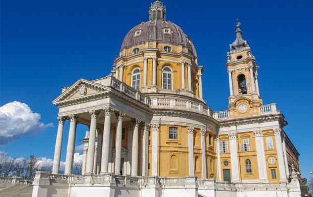 Come arrivare alla Basilica di Superga da Torino: auto, bus, tranvia e a piedi
