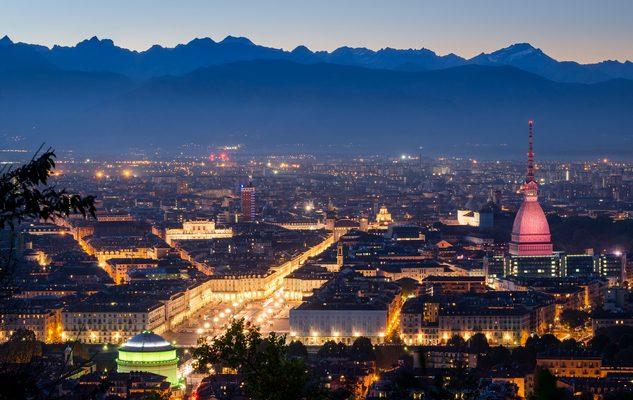 Torino e le donne: una storia in rosa