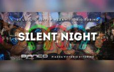 Silent Night: la festa silenziosa in piazza Vittorio