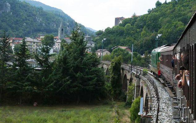 Treno storico da Porta Nuova: un viaggio tra fiabe e trekking