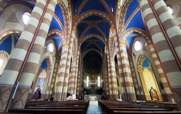 Alba Cattedrale San Lorenzo Interno