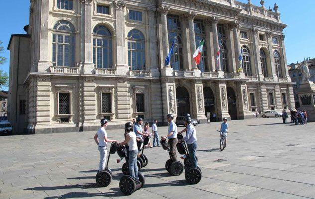 Tour a Torino in Segway: una divertente visita guidata in giro per la città