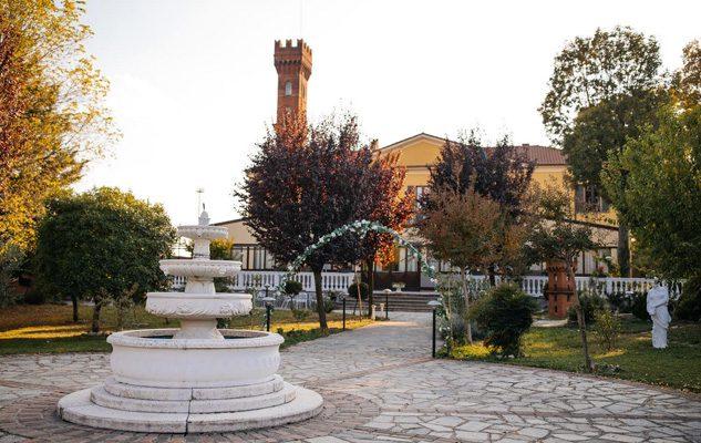 Gran Cenone di Capodanno 2018 al Ristorante Villa Torre:  musica, balli e gustosi piatti in un'antica villa del '600