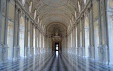 Venaria Express: orari e biglietti della navetta da Torino