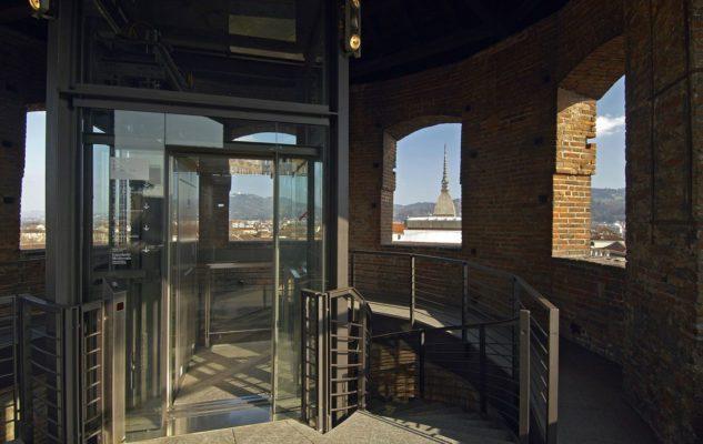 L'Ascensore Panoramico di Palazzo Madama con vista a 360° su Torino e le Alpi