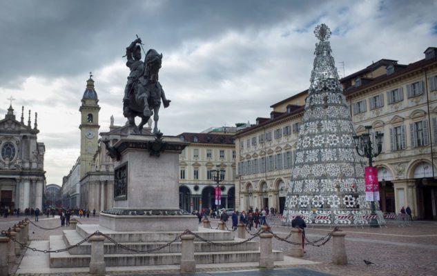 L'Albero di Natale 2018 di Torino illuminerà Piazza San Carlo