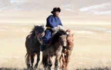 NOMADI DELL'ASIA. Storie di donne e uomini tra steppe e altopiani