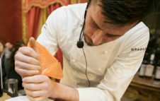 """Unforgettable: a Torino il primo ristorante """"senza tavoli"""" dello chef Christian Mandura"""