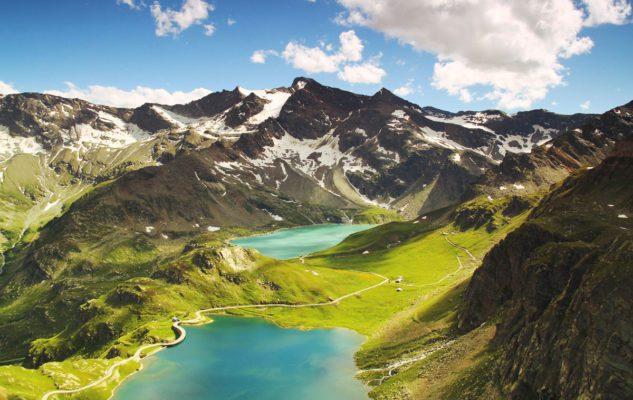 Lago Serrù: una passeggiata panoramica tra marmotte, camosci e prati fioriti