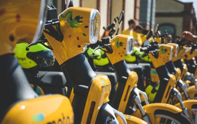 MiMoto a Torino: come funzionano e quanto costato gli scooter in condivisione