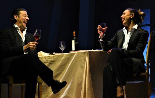 """""""La Guerra dei Roses"""" con Ambra Angiolini al Teatro Alfieri di Torino"""