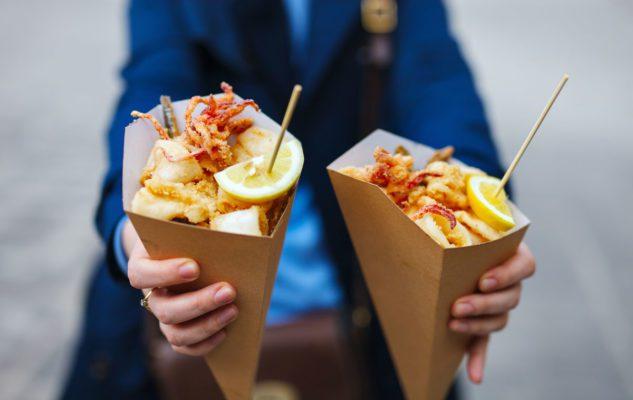 Il Mercato del Pesce di Torino come la Boqueria di Barcellona: degustazioni e street food