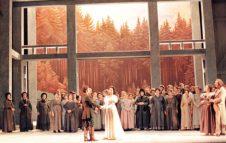 """""""La sonnambula"""" di Bellini al Teatro Regio"""