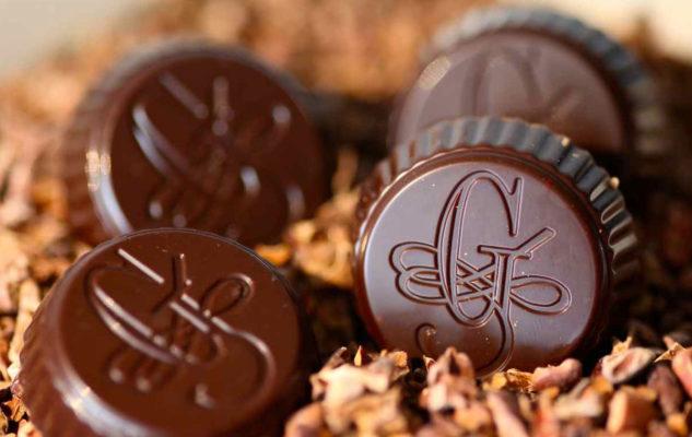 Guido Gobino firma i cioccolatini di Armani e porta Torino nel mondo
