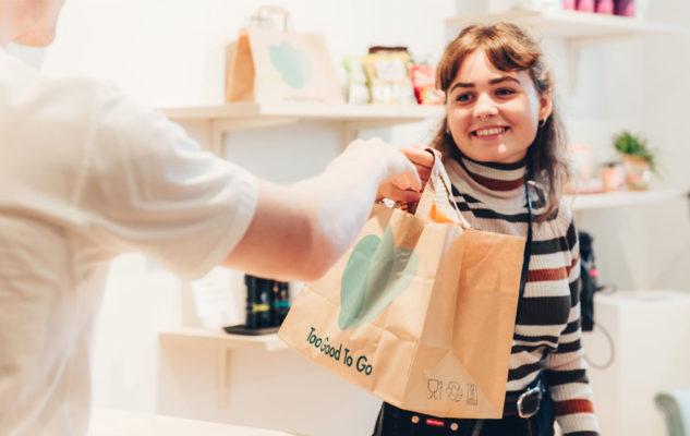 Too Good To Go: a Torino arriva l'app contro lo spreco alimentare con piatti a prezzi ridotti