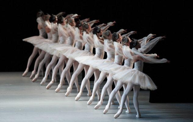 Il Lago dei Cigni a Torino con le stelle del Ballet from Russia