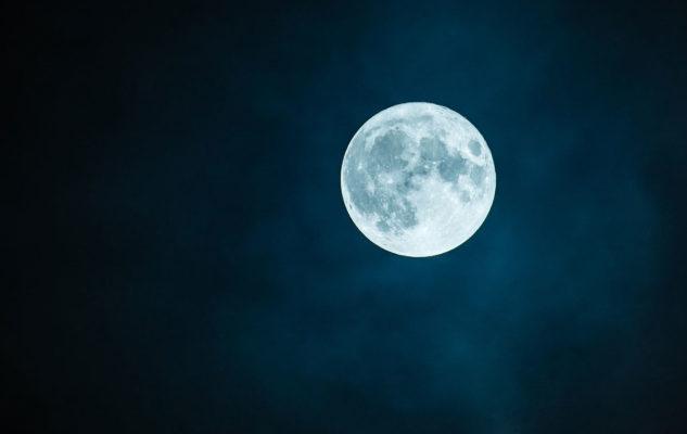 """""""Segui la Luna"""": serata osservativa tra le stelle al Planetario di Torino"""