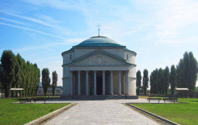 Al Mausoleo della Bela Rosin come al tempo di Sissi si ballano Valzer, Marce e Quadriglie