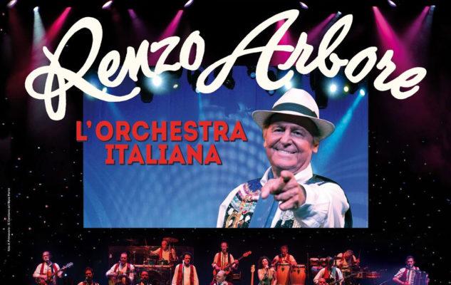 Renzo Arbore a Torino nel 2021 con l'Orchestra Italiana