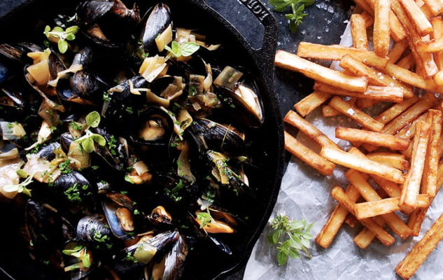 "Brasserie Bruges: le famose ""Moules Frites"" belghe anche a Torino"