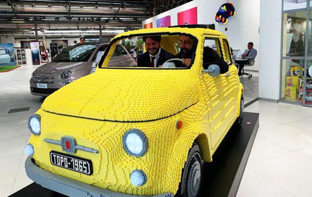 A Torino una Fiat 500 realizzata con 200mila mattoncini Lego