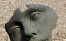Novecento in Cortile: al Museo Accorsi la mostra-omaggio ai grandi scultori contemporanei