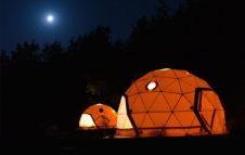 Gaia's Spheres: in Piemonte sfere immerse nella natura dove dormire guardando le stelle
