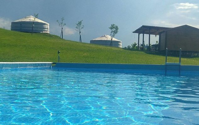 Yurte Mongole Piemonte piscina