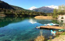 Il Lago di Orfù: un magico lago con spiaggia, pedalò e beach volley a un'ora da Torino