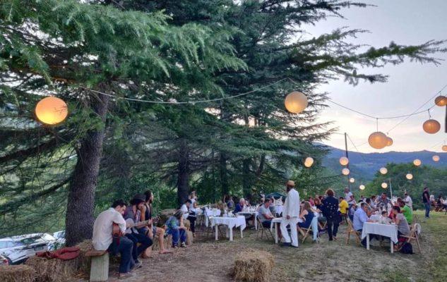 """""""Sogno di un PicNic di Fine Estate nell'Aia"""": cena con spettacolo nel cuore del Monferrato"""