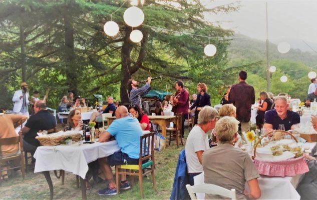 Sogno di un Brunch di inizio Autunno: colazione con spettacolo nel Monferrato